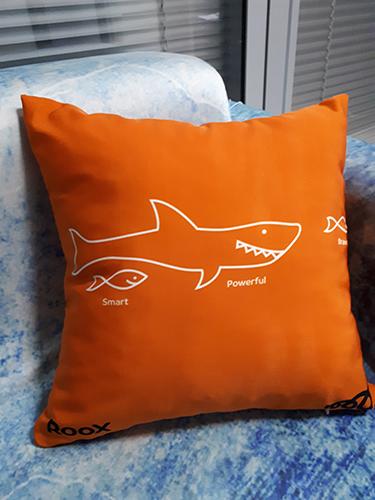 сублимационная печать логотипа на подушке